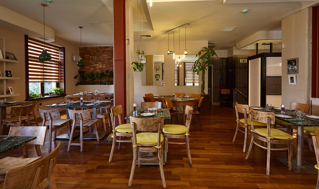 frankie_restaurant_6_1095