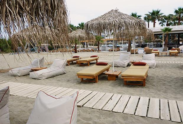 poofomania_baja_beach_rethymno_620